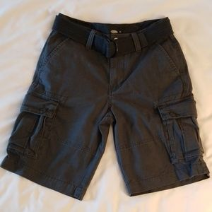 Old Navy Belted Cargo Shorts in Navy - EUC
